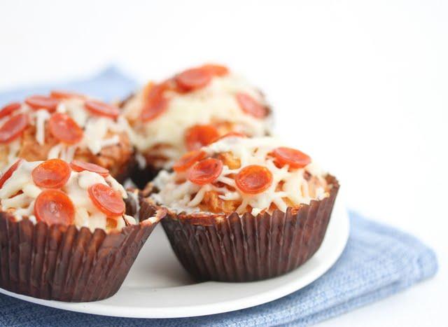 http%3A%2F%2Fkirbiecravings.com%2F2012%2F04%2Fpizza-cupcakes.html